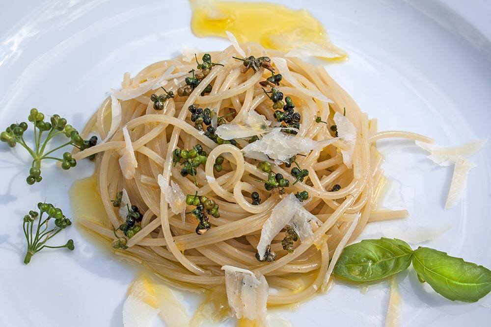 Spaghetti mit Bärlauchfrüchten